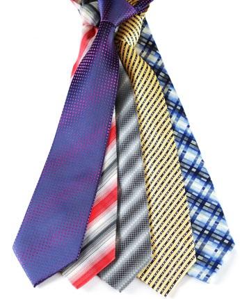 Pasos para anudar la corbata for Pasos para hacer nudo de corbata