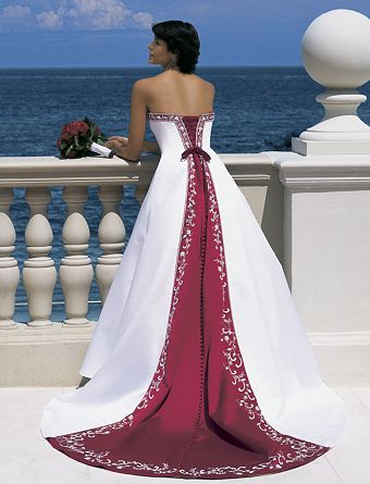 [Imagen: vestido_novia_rojo_01.jpg]