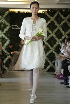new oscar de la renta wedding dresses spring 2013 007 Las novias azules de Oscar de la Renta