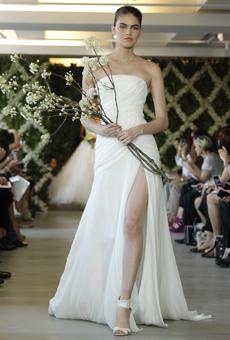 new oscar de la renta wedding dresses spring 2013 016 Las novias azules de Oscar de la Renta