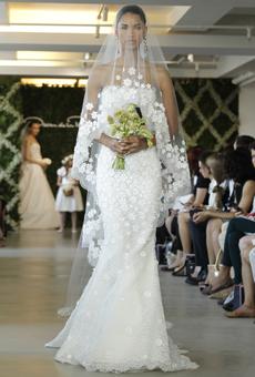 new oscar de la renta wedding dresses spring 2013 027 Las novias azules de Oscar de la Renta
