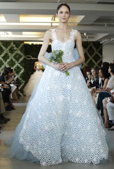 new oscar de la renta wedding dresses spring 2013 031 Las novias azules de Oscar de la Renta
