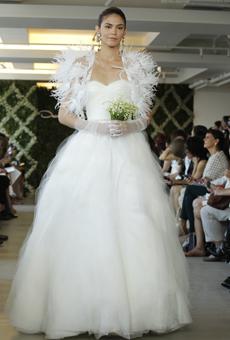 new oscar de la renta wedding dresses spring 2013 034 Las novias azules de Oscar de la Renta
