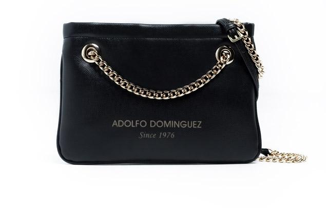 915f18c19e4 El diseñador español Adolfo Domínguez acaba de presentar su nueva colección  de bolsos veganos para otoño invierno 2012. Estos bolsos son una  alternativa al ...