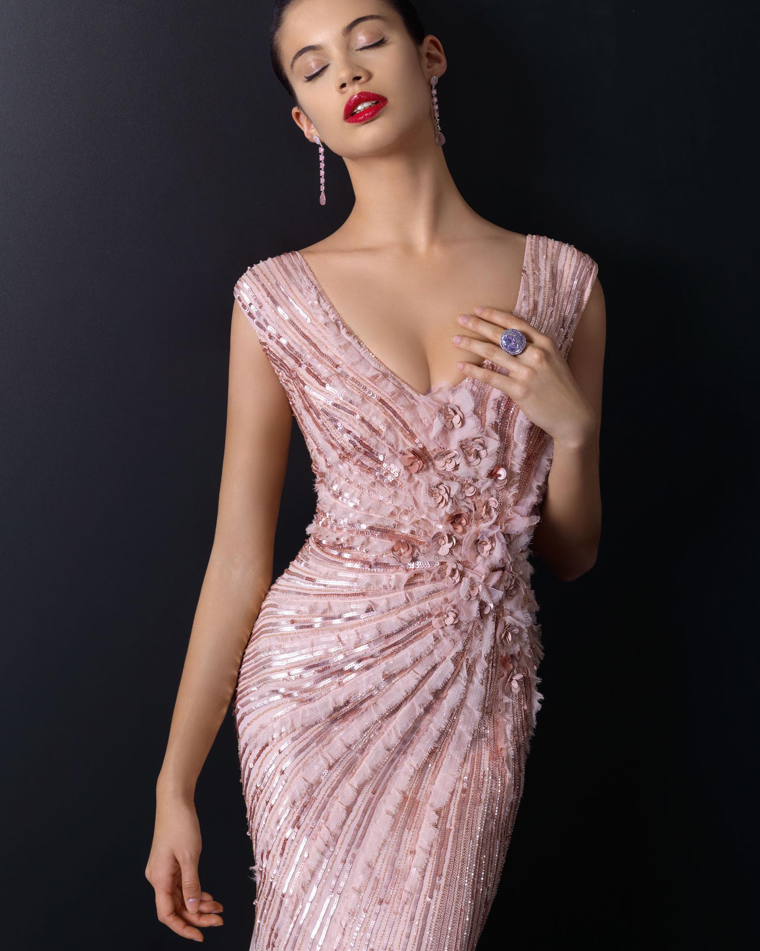 90cd7abd9 Prendas de vestir exteriores de todos los tiempos  Vestidos de ...