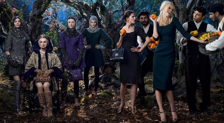 Claudia Schiffer Dolce & Gabbana campana
