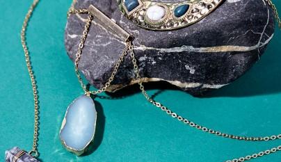 Cadenas finas y anillos