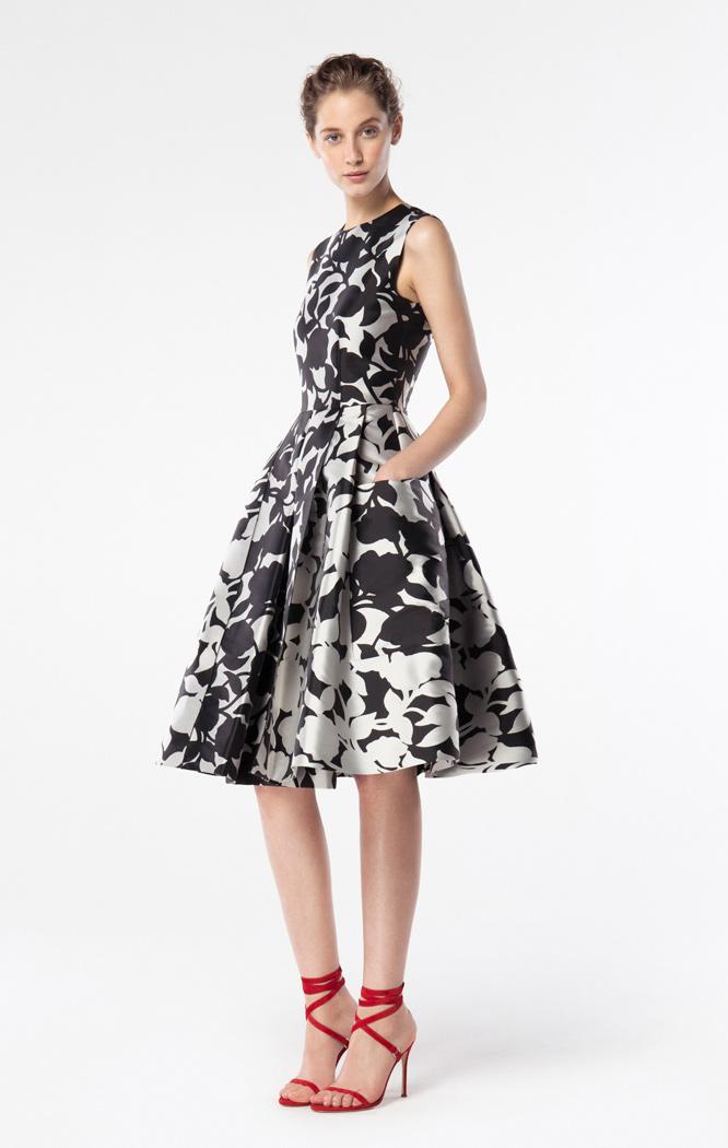 Colección de vestidos de primavera Carolina Herrera 2016 (11/30)
