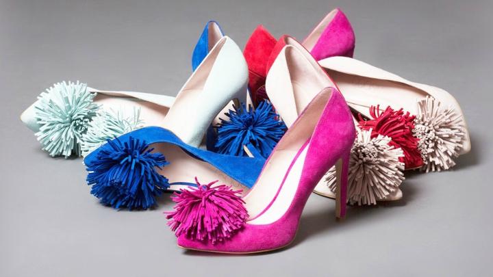 Zapatos pompones coosy