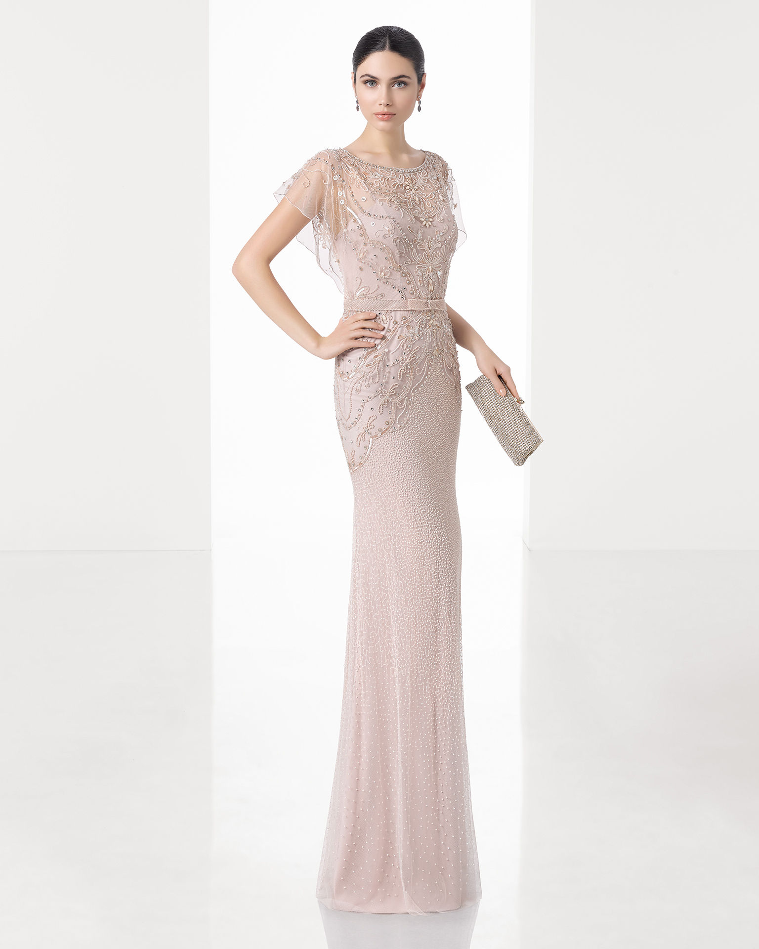 ... para que cada mujer encuentre el vestido que mejor se adapta a su  figura y personalidad. ¿Qué diseño de todos los que hay te gusta más  f4087ae64726