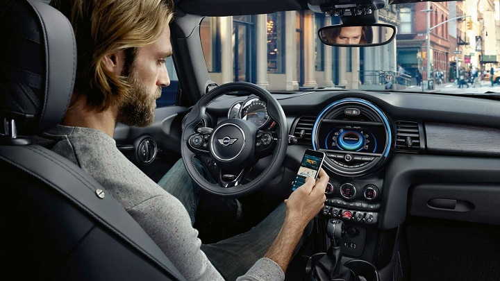 MIN-Countryman-2017-interior