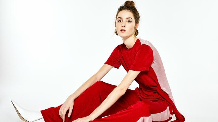 traje-rojo-Sfera